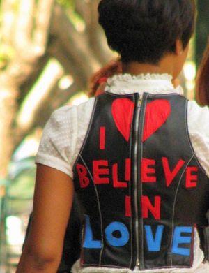 I believe in love (lorimarsha, etsy)