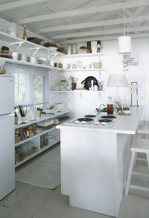 White kitchen cropped
