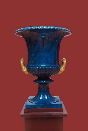 Vase-in-Medici-form-Yekaterinburg-Imperial-Lapidary-Works-1839-45-Russia-lapis-lazuli-bronze-Hermitage
