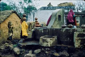 Swaan-Wim-New-Delhi-street-scene-before-1968-color-transparency-Getty